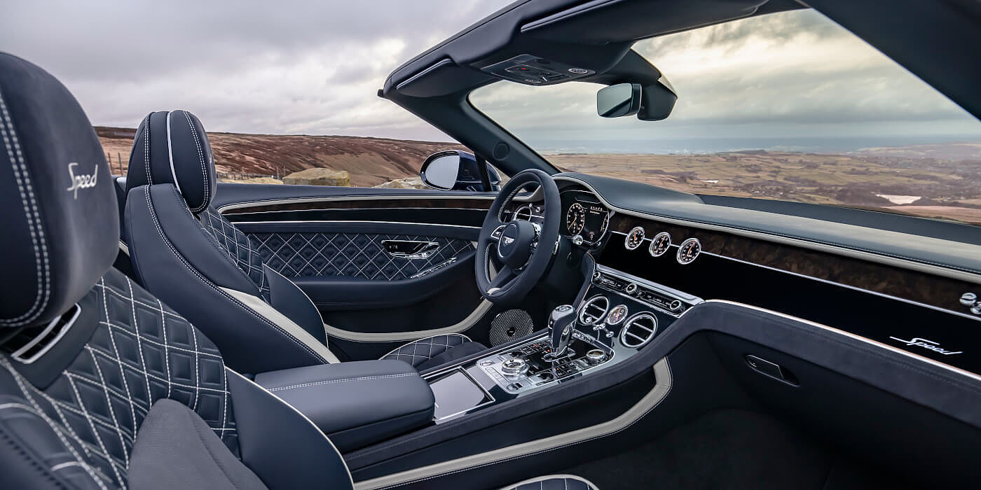 <new-bentley-continental-gt-speed-convertible-front-cabin-imperial-blue-and-linen-hide-in-peak-district>